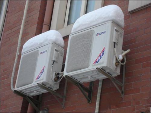 空调外机不转动的缘故及解决方案